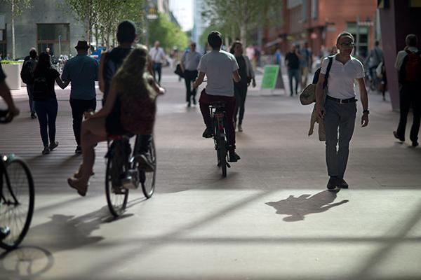 meer geld naar voetganger en fietser